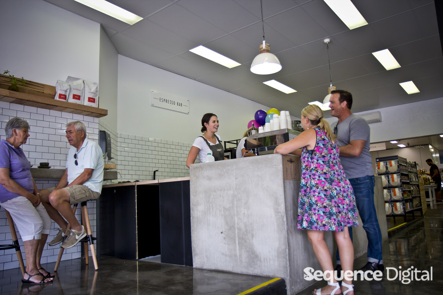 fresh-food-merchant-geelong-chatting-at-register