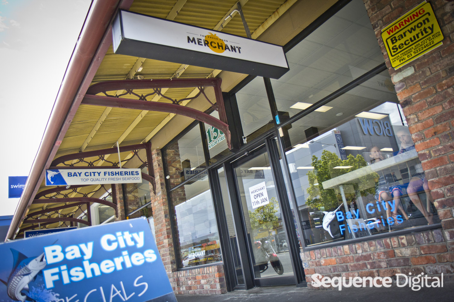 fresh-food-merchant-geelong-out-front